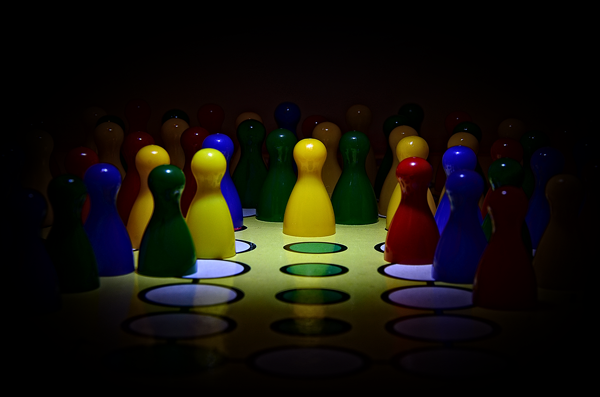 Los juegos de mesa son una de las mejores actividades para hacer en familia