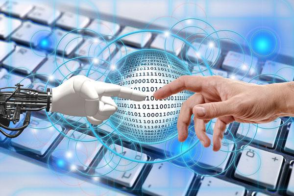 La pandemia acelera el crecimiento del sector TIC
